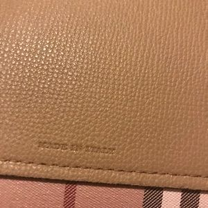 Burberry Bags - Reversible Burberry tote
